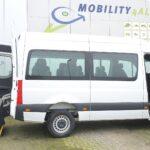 Verlaagde voorinstap in M1 rolstoelbus